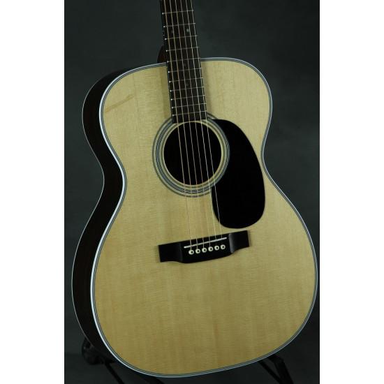 Martin 000-28